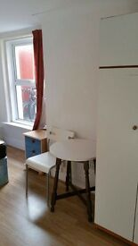 Nice Room Available in Boscombe