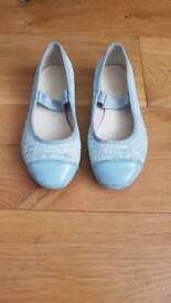 Clarks size 10.5F glitter shoes