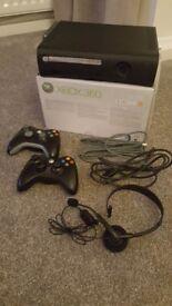 Xbox 360 Elite +15 games,headset & 2x controllers
