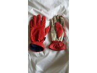 Pair of red Musto sailing gloves (Size Large)