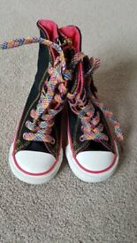 Childrens/Toddlers Size 5 Converse Boots