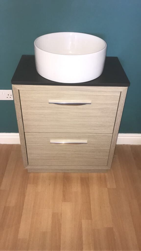 Sink And Vanity Unit Brand New Round No Tap Read Add For Size 120