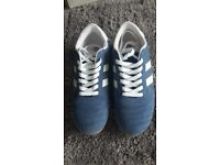 Ladies Thai Lace navy and white trainers size 5
