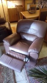Tan leather manual RECLINER armchair Good condition £55 CHEAP local DELIVERY Stalybridge SK15 2QF