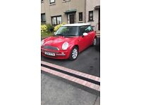 RED MINI COOPER 1.6 GREAT CONDITION FOR AGE PERFEFT FIRST CAR!!