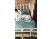 Girl single bed