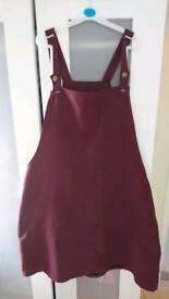 Size 20 atmosphere pinafore