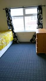Two single rooms is available in Bowburn (£70 pw) each