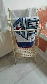 Shabby chic cream towel stand in excellent condition