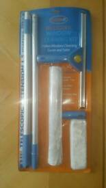 Telescopic Window Cleaning Kit - New