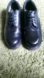 dr marten safety shoes size 8