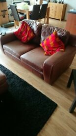 Leather sofa set/Fold out bed