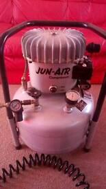 Jun air silent compressor