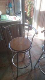 Bar stools free