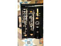 Bb Vita clarinet. Excellent condition