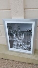 Framed print of the 'Flatiron building' in New York, excellent condition