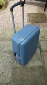 Samsonite Hard Shell Wheeled Suitcase / Case - Very Good Condition