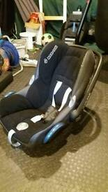 Rear facing baby car seat and base.