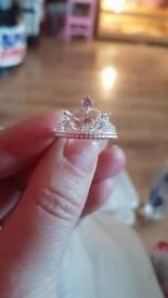 Pandora style crown ring