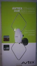 AVTEX STH3000 20dB Digital TV antenna, suitable for motorhome, caravan or boat - hardly used