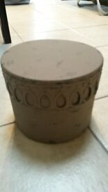 Rustic distressed looking storage tin or ornament
