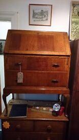 Medium / Light Oak Bureau
