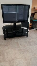 samsung TV and unit