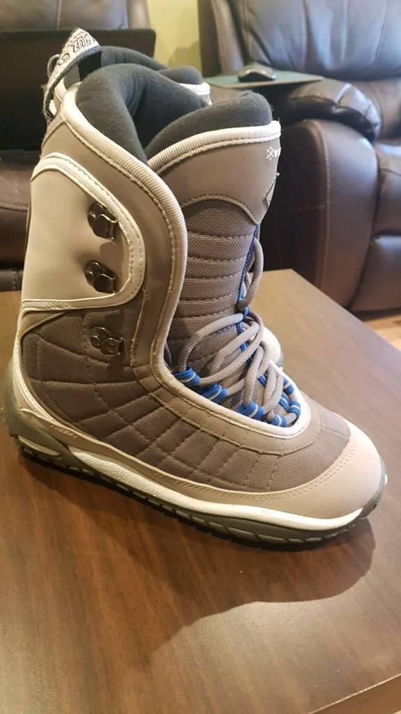 santa cruz verve snowboard boots uk 7.5