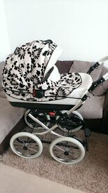 Price reduction!!! Beautiful & elegant pram/pushchair in an excellent condition almost new!