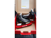 PRO ICE HOCKEY SKATES - CCM TACKS 3052 - Boot size 8 D - 8.5UK fit UK 9.5 new condition in box