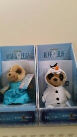 Oleg as Olaf and Ayana as Elsa, Limited edition meerkats from Disney Frozen Collection