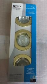 3 Light Downlight Kit