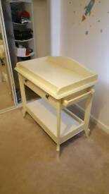 Mamas and Papas changing table with drawer