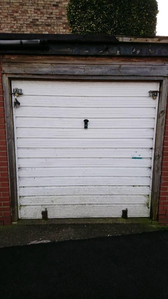 Garage/Storage To Rent