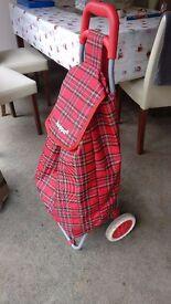 Hoppa 47L Lightweight Shopping Trolley,