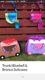 2 Trunki suitcases with extra accessories!!!!