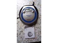 PORTABLE CD PLAYER WITH FM RADIO