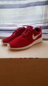 Nike Roshe Size 8
