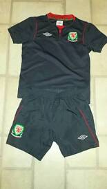 Boys Wales Football Kit