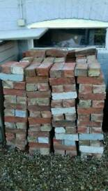 HOUSE BRICKS, MORE THAN 380