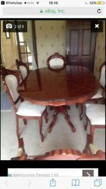 Table and chairs set - Mint condition