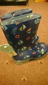 Infants welly boots size 6 brand new