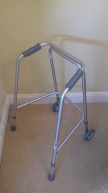 Peachy Zimmer Frame By Sunrise Medical In Epsom Surrey Gumtree Ibusinesslaw Wood Chair Design Ideas Ibusinesslaworg
