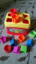Fisher Price Shape Sorting Learning Game