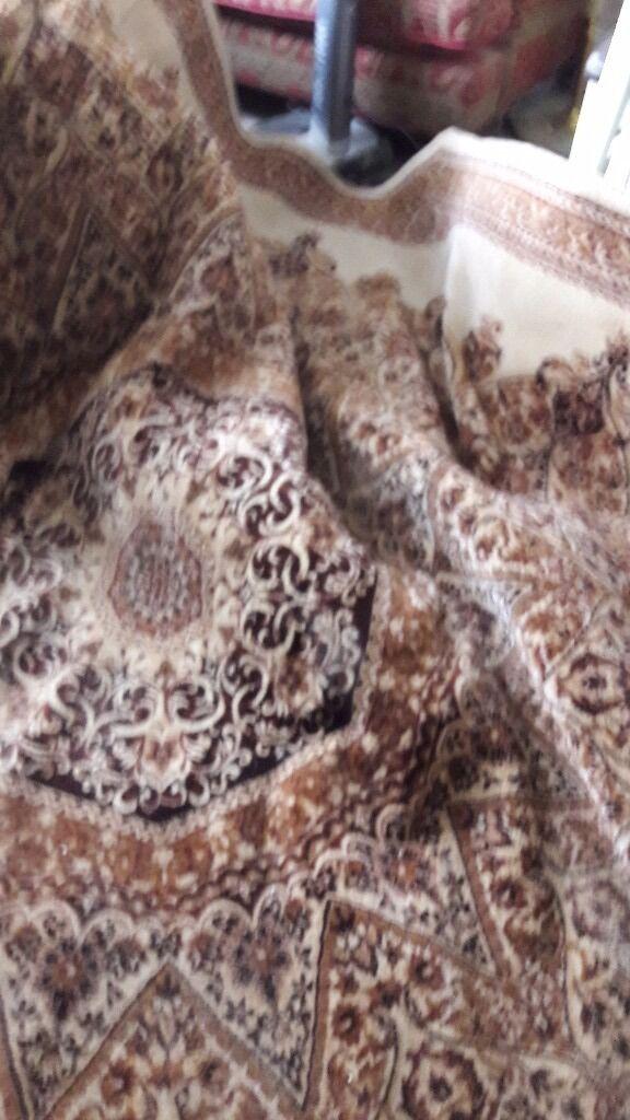Large octagonal rug