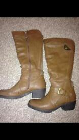 Brown/tan size 5 boots