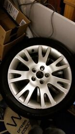 """Renault Silverstone Alloy Wheels 17"""" with tyres"""