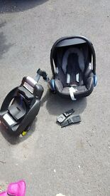 Maxi Cosi Car Seat, Isofix & Universal Adapters