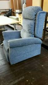 Electric recliner/ riser chair