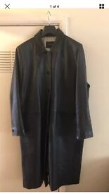 Essence Women's real leather long coat size 18/20
